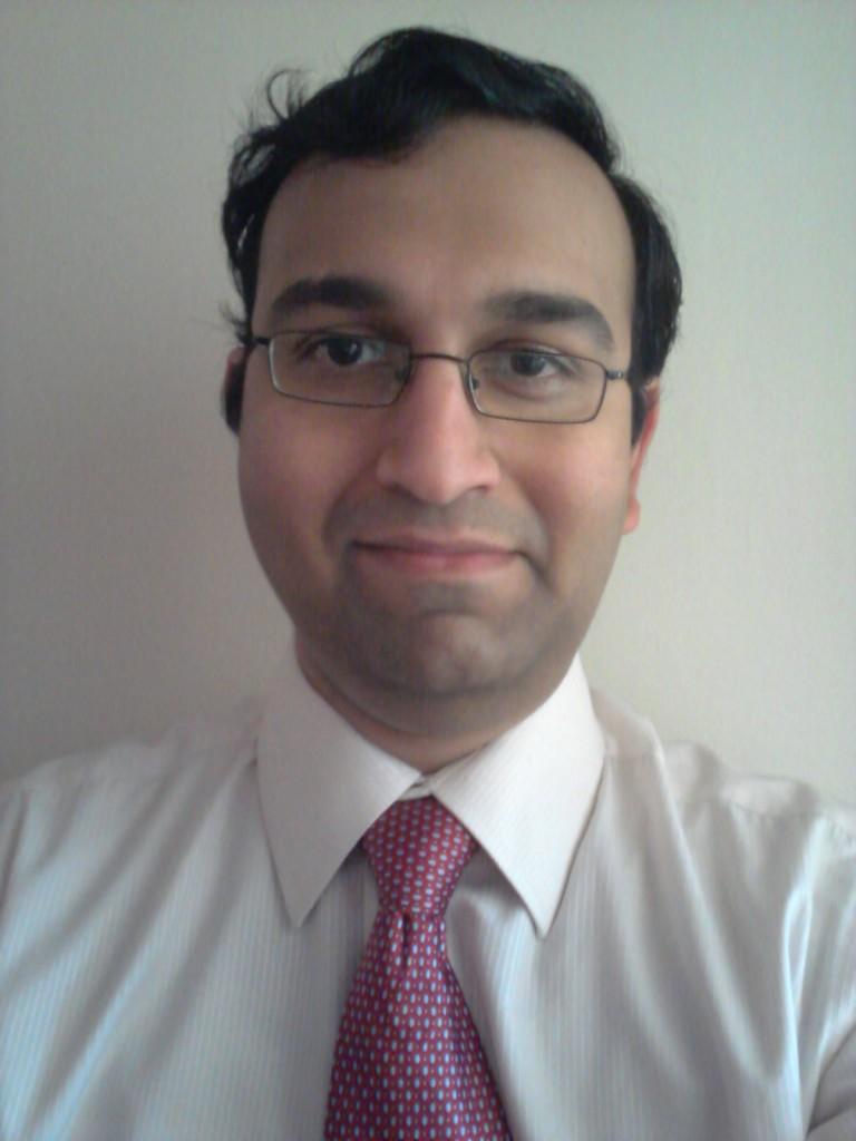 Dr Karthik Viswanathan
